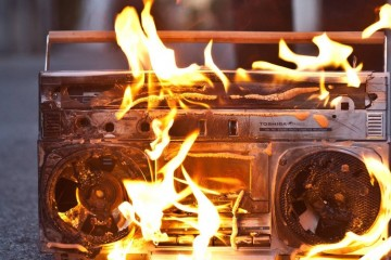 Stereo on Fire