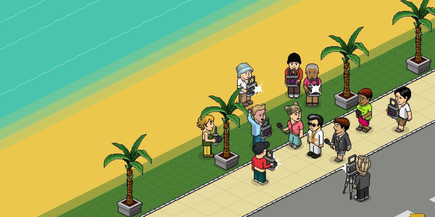 Games similar to habbo hotel